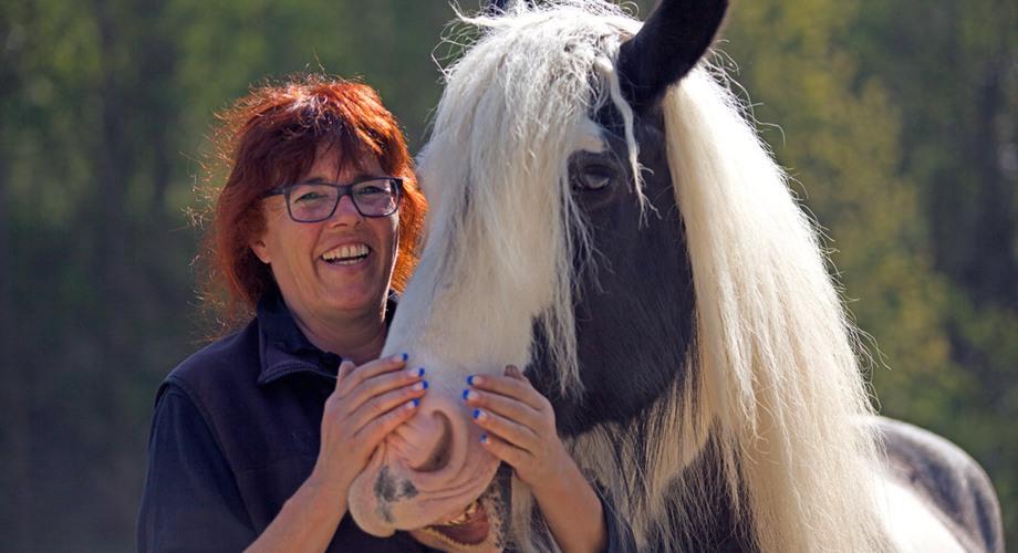 Naturheilpraxis für Tiere Petra Hüttner - Über mich